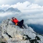 Kristina Barbo - Martin počiva pri sestopu na Plemenicah